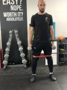 squat to overhead press step 1
