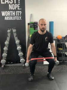 squat to overhead press step 2